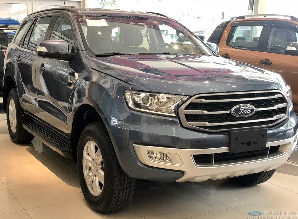 Ford-Everest-Ambient-2020-mau-xanh-thien-thanh-giao-ngay